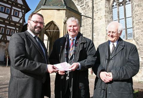 Spendenübergabe - Kath. Kirchengemeinde an Bürgerstiftung - Martin Ehrler, Rolf Allmendinger, Carl-Josef Eilhoff